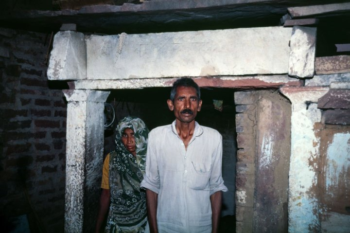 04-DALITS-46-01_donePS-A_Dalit_goes_to_cou.max-1400x1120